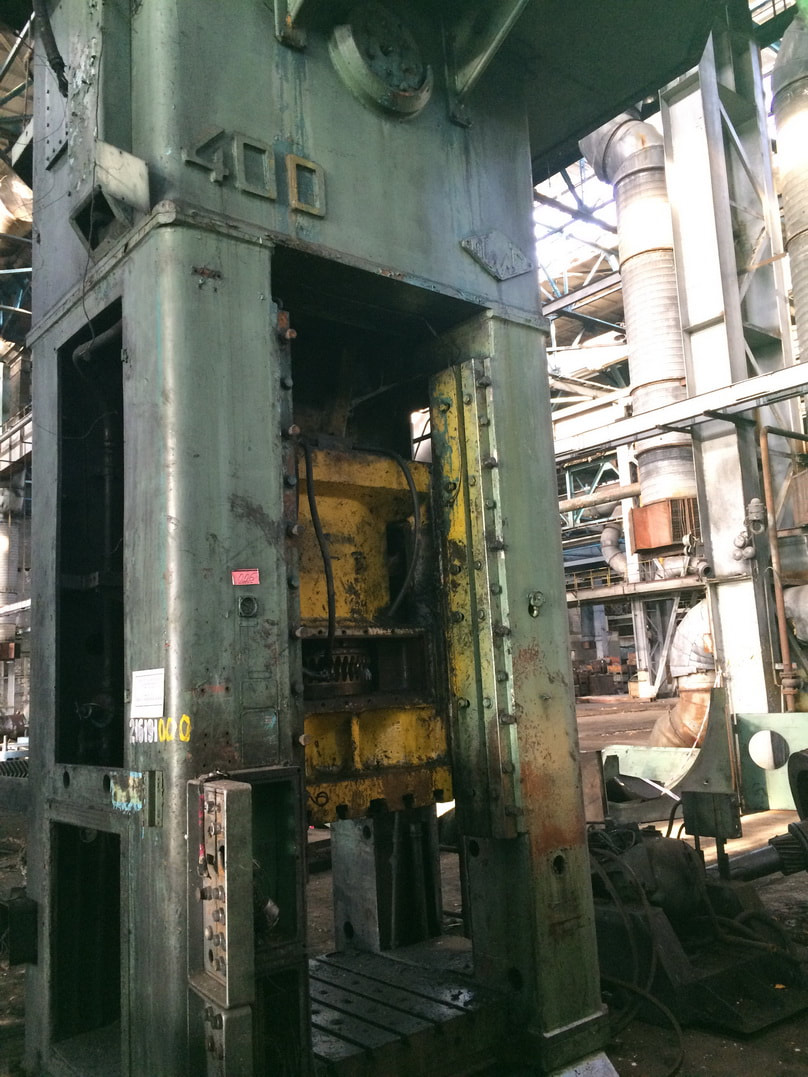 Trimming press VORONEZH K 9536 400 ton