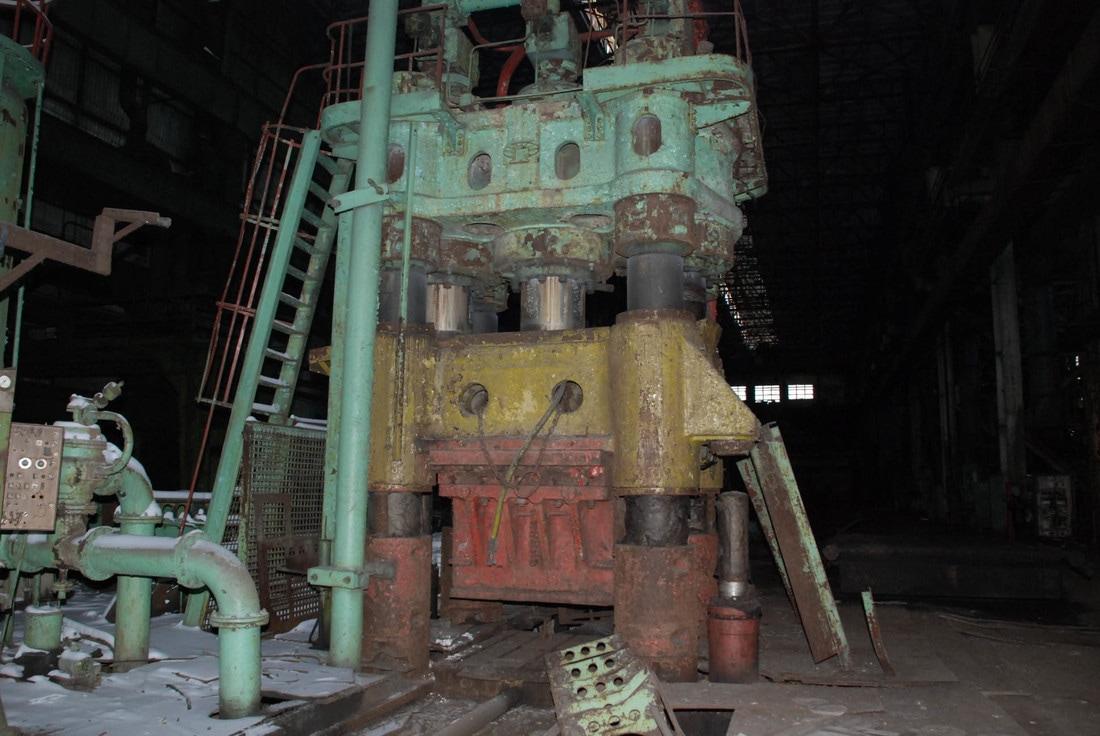 Hydraulic press TYAZHPRESSMASH P272A 3150t