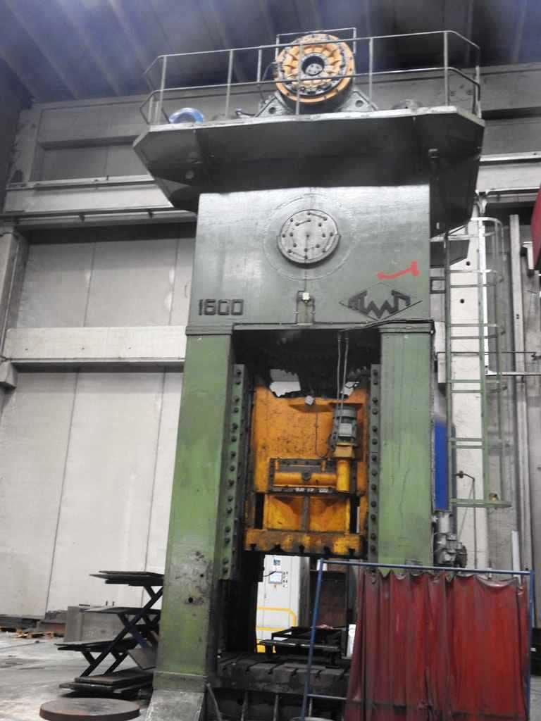 Trimming press Voronezh K9542 1600 ton