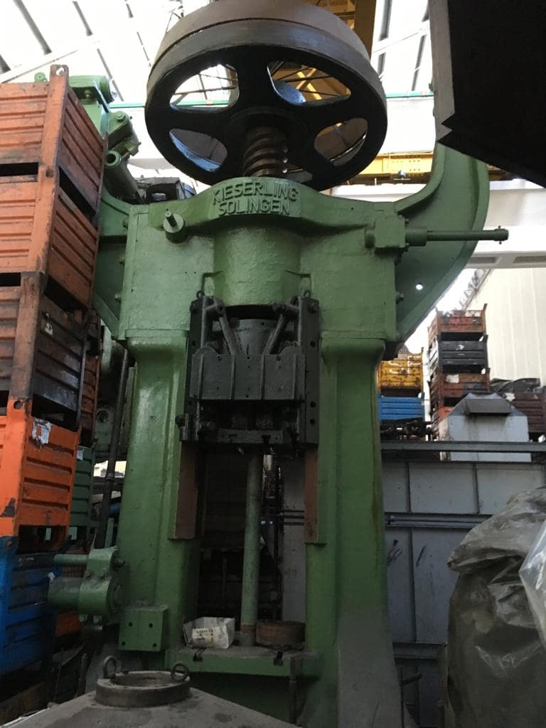 Screw press Kieserling Solingen 1200 ton