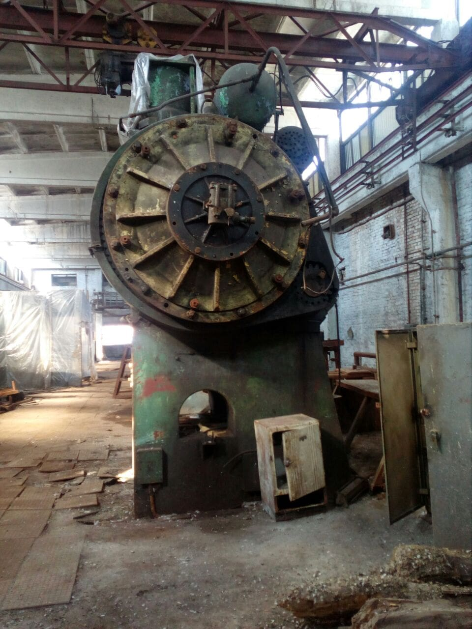 Hot forging press Voronezh K8540 1000 ton