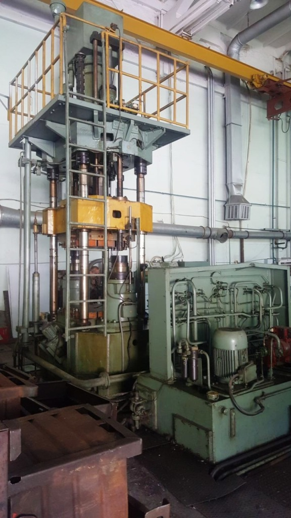 Hot forging hydraulic press PA2634 250 ton