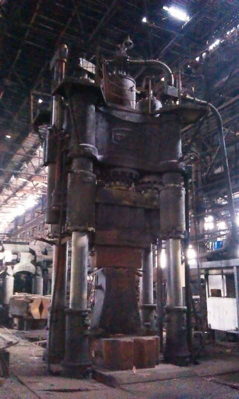 Open die forging press Dnepropress P156 2000 ton + Manipulator 30 ton