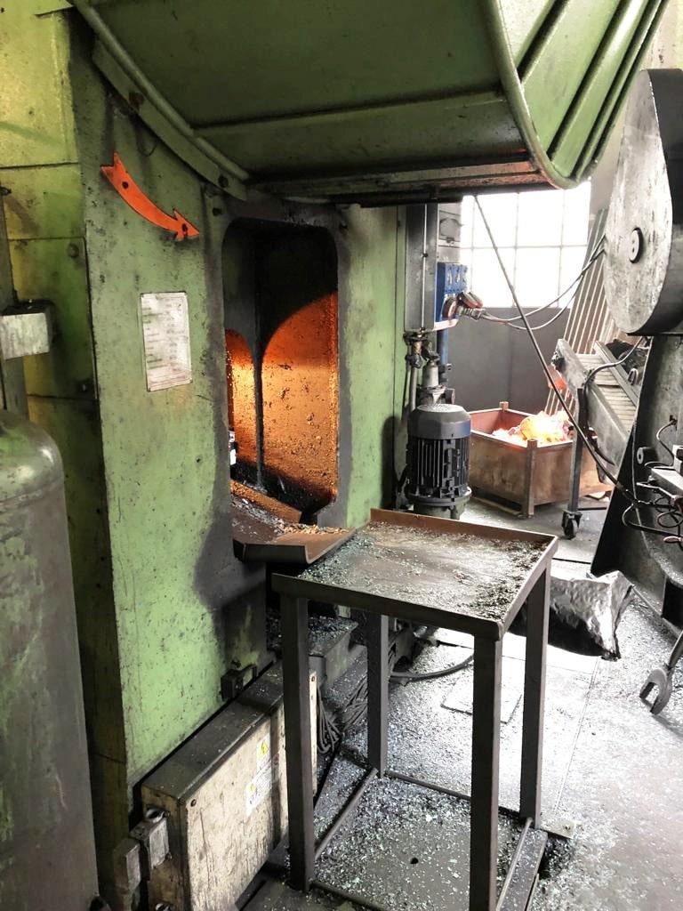 Hot forging press Voronezh KB8040 1000 ton | Kipling Holding LLP