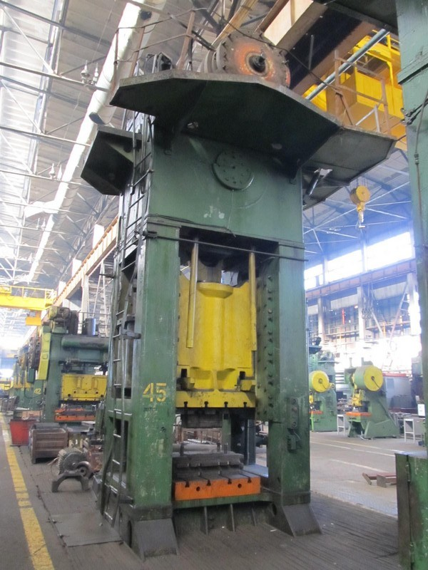Trimming press Vorornezh K2540 1000 ton